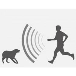 Hutermann DC18 kapesní odpuzovač psů a koček ultrazvukový se svítilnou